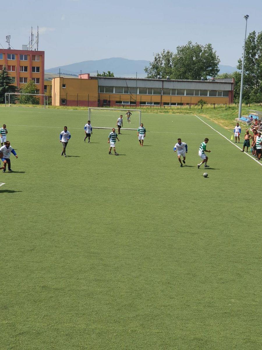 Futbalovy-turnaj-spojil-miestne-komunity-24