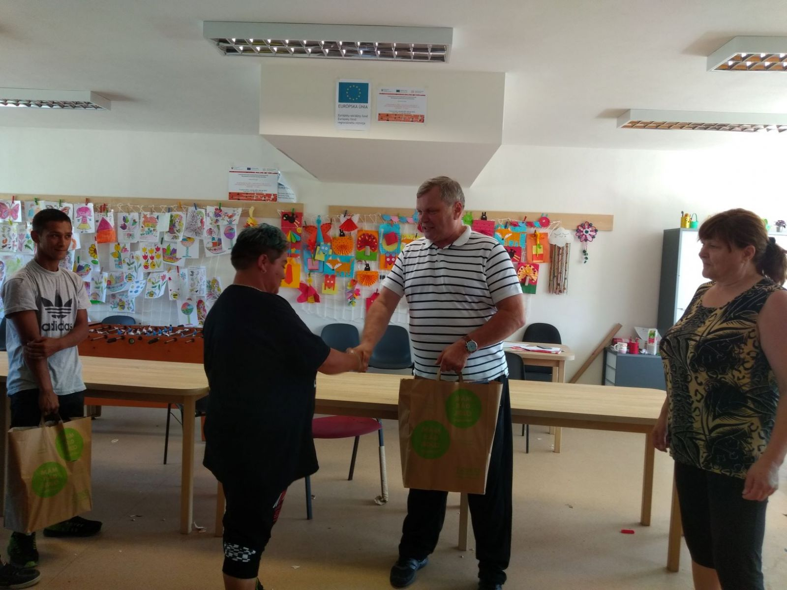 Komunitné-centrum-Lipany-zorganizoval-turnaj-v-stolnom-futbale-2_zmenšené-