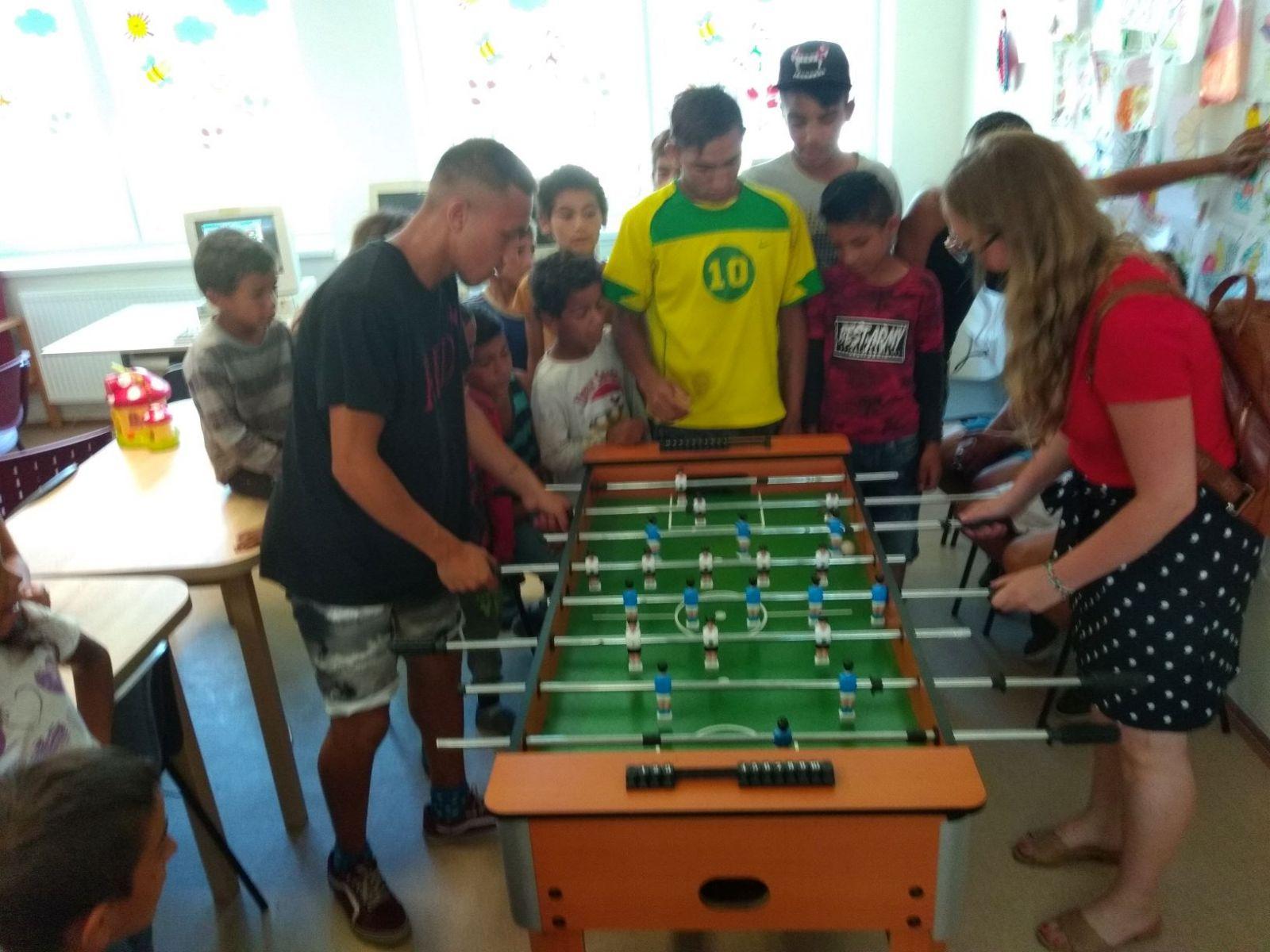 Komunitné-centrum-Lipany-zorganizoval-turnaj-v-stolnom-futbale-3_zmenšené-